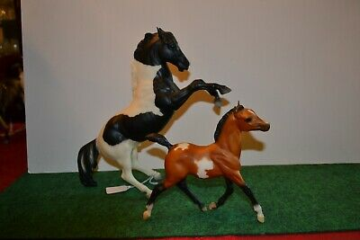 "Breyer #420100 ""Pinto Mustang & Foal Set"" from Sears 2000. Used. Unboxed"