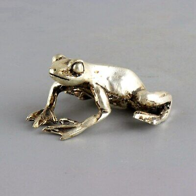 Collectable China Old Miao Silver Hand-Carved Vivid Interesting Frog Statue Gift