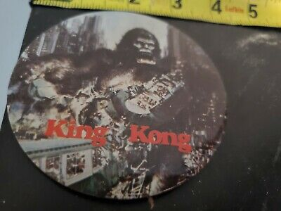 KING KONG VINTAGE PIN / BUTTON Horror Sci-Fi Movie  RARE