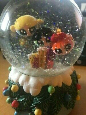 "The Powerpuff Girls Musical Snow Globe ""We Wish You A Merry Christmas"" Enesco"
