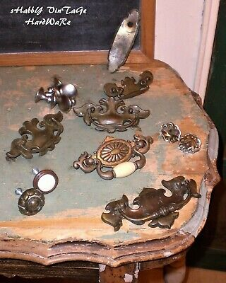 VinTaGe~HARDWARE LOT~Knobs~Drawer Pull~Handle Ends~Back Plate~Old Shabby Salvage