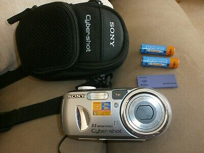 Sony Cyber-shot 5.1MP DSC-P93A  3x Optical Zoom Digital Camera with assessories