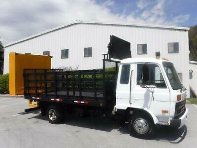 Nissan Ud1800 Attenuator  Crash Truck With Arrow Sign Board Traffic Cone Flatbed