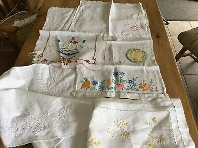 Small Lot Of Vintage Embroidered Linens None Perfect