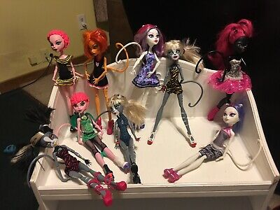 Lot of 9 Monster High Dolls With Tails-Catty-Catrine-Meowlody-Toralei