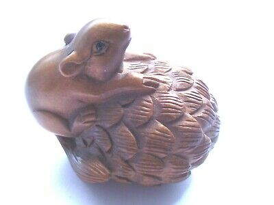 Quality Vintage Signed Squirrel And Nut Netsuke