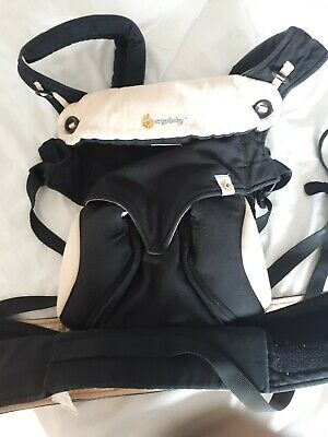 Ergobaby 360 Boj Carrier. Four Positions With Newborn Insert. Black and camel