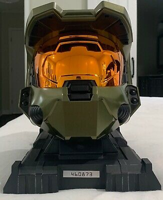 Halo 3 Legendary Edition Master Chief Helmet No Game ESSENTIALS DISK BOX XBOX