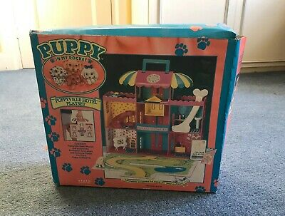 puppy in my pocket Vintage Hotel In Original Box With Dice And Seventeen Puppies