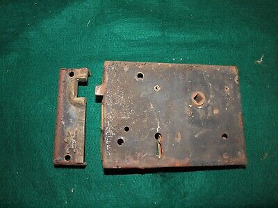 HOUSE DOOR VINTAGE ANTIQUE DOOR LOCK  Victorian rim latch metal tin cast
