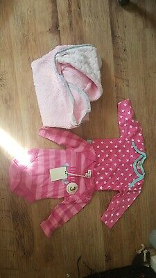 Girls Bodysuits 0-3m And Hooded Towel. Brand New