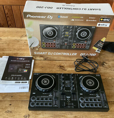 Pioneer DDJ200 2-Channel Double Deck DJ Controller immaculate condition.