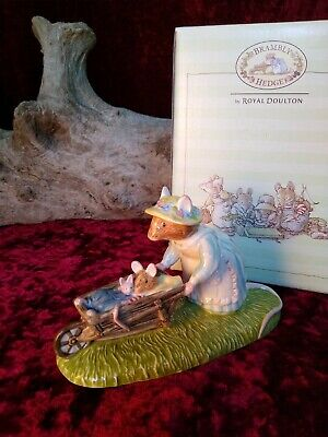 Royal Doulton Brambly Hedge DBH 48 Heading Home Excellent Condition in box.