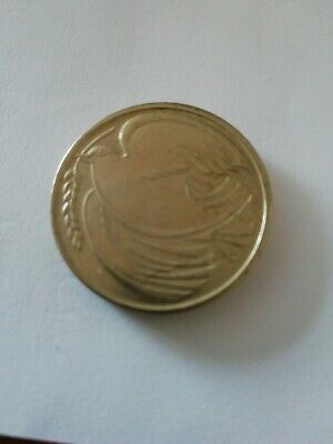 £2 COIN WITH DOVE IN PEACE GOODWILL 1945 - 1995. Unusual and Rare.