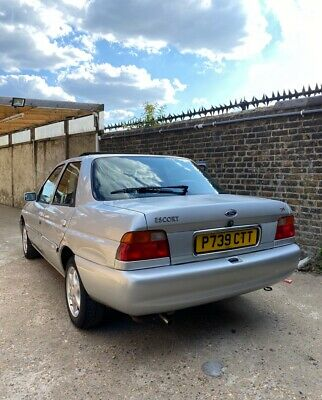 Ford Escort Saloon Ghia X 1.8 115ps