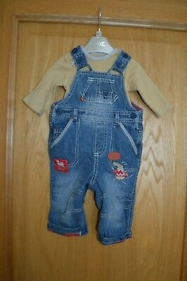 Boys M & S Marks & Spencer 2 Piece Dungaree & Top Outfit Set Age 0 - 3 months
