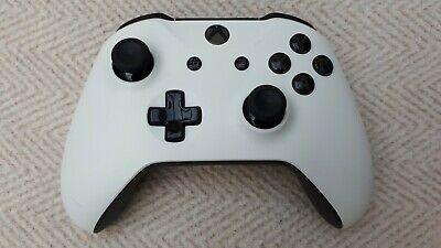 Official Microsoft xbox one wireless controller  - Custom Black and White