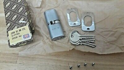 union J2x6 SC BB Differ cylinder lock with 3 keys never been used ex shop stock