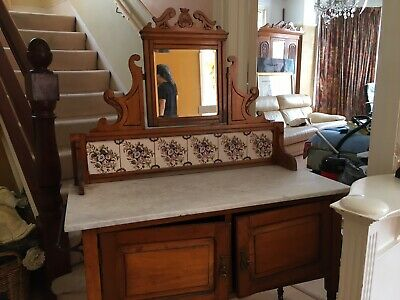 Antique wash stand / Dressing Table