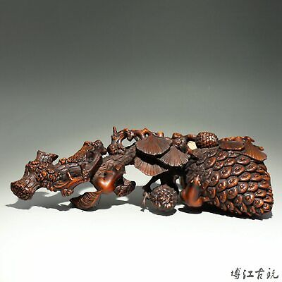Collectable China Old Boxwood Hand-Carved Cone & Squirrel Delicate Unique Statue