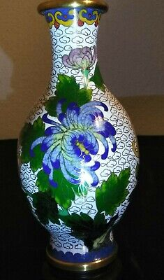 Chinese CLOISONNE ON BRONZE URN COLLECTIBLE FILIGREE PAINTING VASE JAR Figure