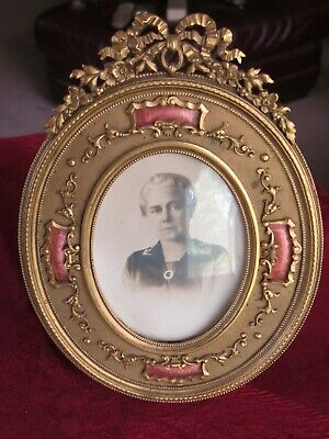 Antique Victorian Ornate Pierced Oval Small Stand Up or Hanging Picture Frame