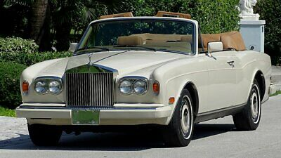 1989 Rolls-Royce Corniche SERIES II 1989 ROLLS ROYCE SERIES II LIMITED PRODUCTION 17000 MILES JUST GORGEOUS MUST SEE