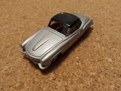 Dinky toys made in France mercedes Benz 190 Sl Grise