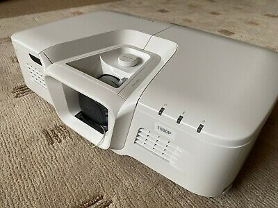 ViewSonic Pro8530HDL Projector - MINT Condition (only 7hrs!)