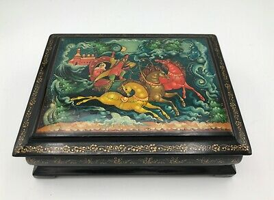 Vintage Beautiful Palekh Russian Footed Lacquer Box Troika Horses Fairy Tale