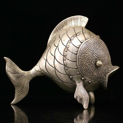 Collectable China Old Miao Silver Hand-Carved Fish Moral Bring Luck Noble Statue