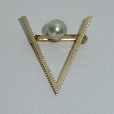 Vtg Wwii Victory Pin Remember Pearl Harbor 14K Gold Patriotic Sweetheart Brooch
