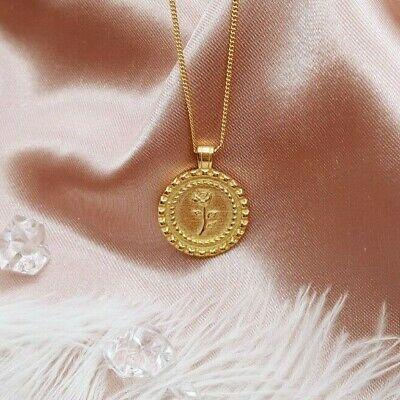 PJ Jewelry Vintage Stainless Steel Gold Plated Coin Necklace Queen Elizabeth Medallion Pendant for Women