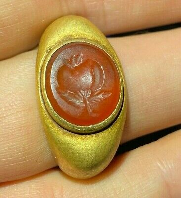 Ancient Greek gold ring circa 2nd century BC
