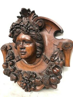 SALE ! Exceptional Neo Renaissance/Black Forest  Medaillon/Crown Wood Carving