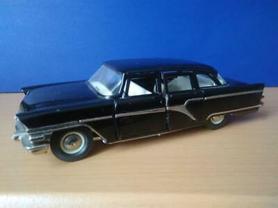 """1:43-2 piece tail lights for GAZ-13 /""""Chaika/"""" for the USSR and Russian models."""