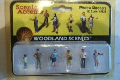 HO Scale Woodland Scenics Accents A1825 Figures Window Shoppers Pkg 6
