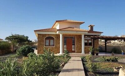 3 Bed Villa In Fuerteventura With 6x12m Pool Sleeps 6 people from £550 a week