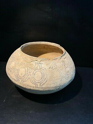 Ancient old antique Indus valley pottery Pot cup 3200-2600 BC  HARAPPAN