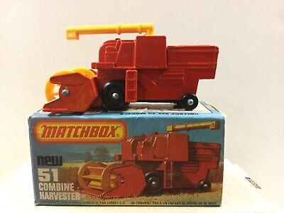 1977 MATCHBOX LESNEY SUPERFAST 51 COMBINE HARVESTER NEW IN BOX 2 W//YELLOW WHEELS