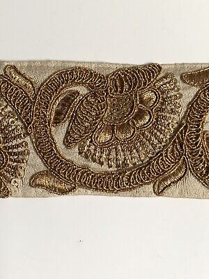 ATTRACTIVE INDIAN GOLD ZARDOSHI PAISLEY EMBROIDERY ORANGE FABRIC TRIM//LACE-1MTR
