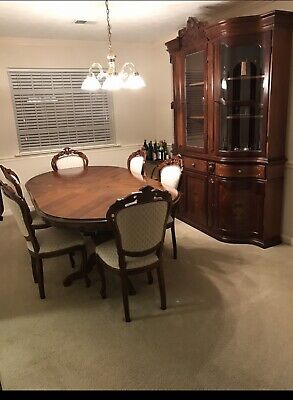 Louis XV Dining Room Set Beautifully Handcrafted In Italy, 10 Pieces.