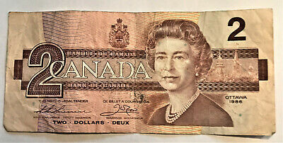 1986 In Plastic Sleeve #519 $2.00 bill Canadian Paper Money circulated