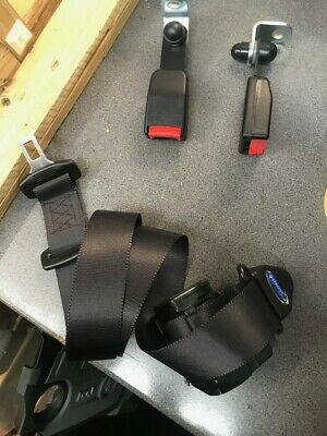 Wheelchair seatbelt for back of vehicle q straint