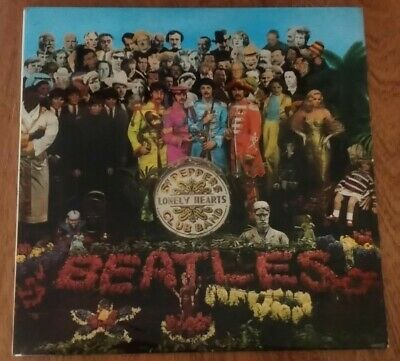 The Beatles 'Sgt Peppers Loney Hearts Club Band' LP Vinyl Album