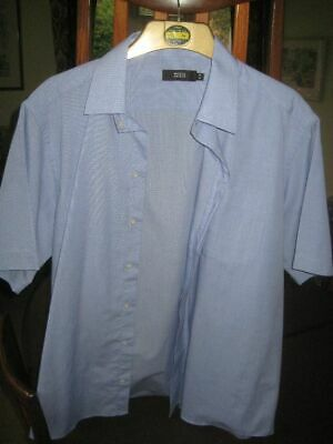 Marks and Spencer Men's Blue Short Sleeve Shirt Size 16, 1DEC19
