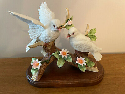 Double White Birds (Doves?) Vintage Figurine Mid-century collectible rare