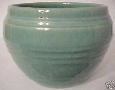 """PACIFIC POTTERY BANDED GREEN 7"""" JARDINIERE"""