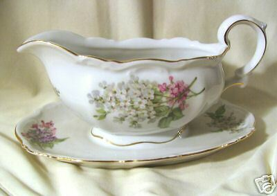 Mitterteich Lilac Gravy Boat with Attached Under Plate