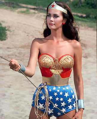 LYNDA CARTER 8x10 Photo WONDER WOMAN SEXY!